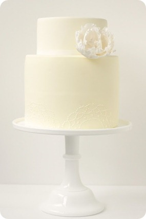 Wedding Cake via Hello Naomi