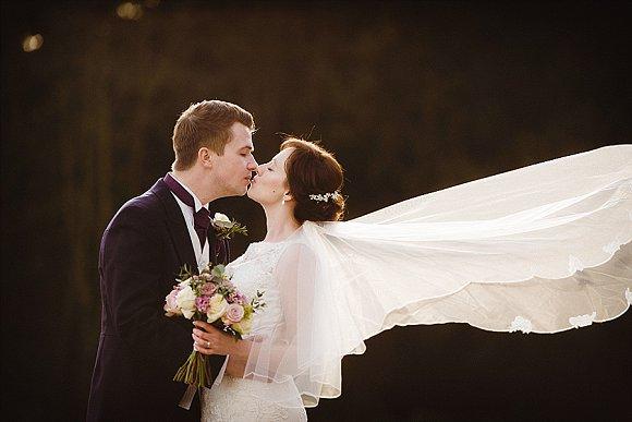 blush love. a romantic wedding in yorkshire – sam & neil