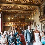 a summer wedding at Manchester Town Hall (c) Victoria Franks Photography  (12)