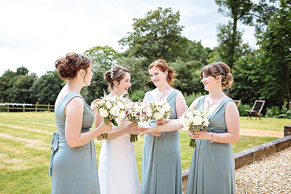 a summer wedding at home - alex & jenny (c) jessica reeve photography  (30)