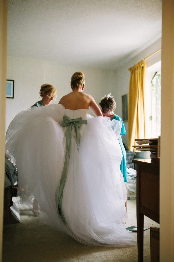 a tkmaxx wedding dress for a wedding in east yorkshire (c) Walker & Walker Photography  (6)