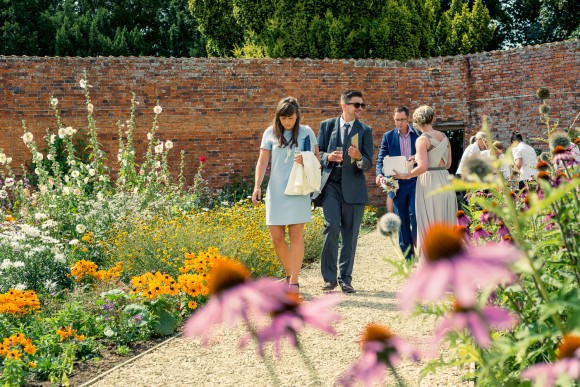 a walled garden wedding (c) Graeme Oxby (16)