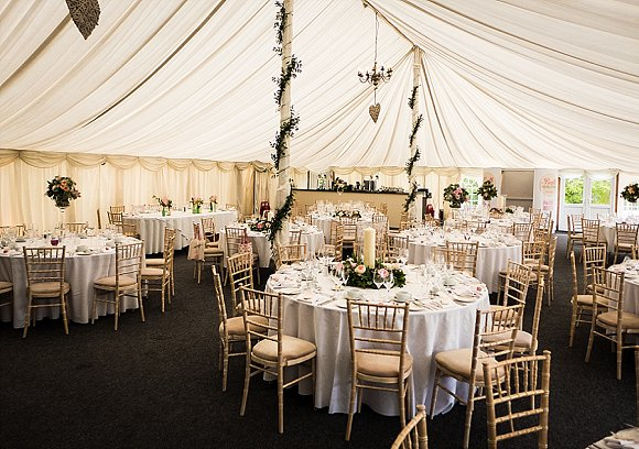 enzoani for a wedding at Middleton Lodge (c) Keith Moss (68)