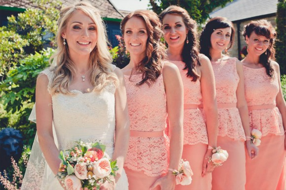 a crafty coral wedding in Derbyshire (c) Kate Cooper Photography  (19)