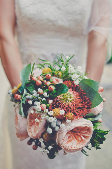 a crafty coral wedding in Derbyshire (c) Kate Cooper Photography  (25)
