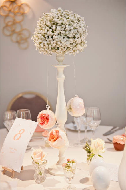 a crafty coral wedding in Derbyshire (c) Kate Cooper Photography  (35)