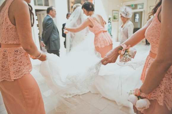 a crafty coral wedding in Derbyshire (c) Kate Cooper Photography  (8)