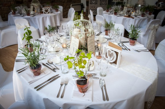 Home bargains wedding table decorations decor accents green pleasant amanda wyatt for a vibrant countryside wedding medium image for home decor table linens bargains decorations junglespirit Images