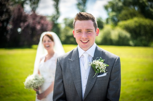 a vibrant countryside wedding (c) James Tracey Photography (30)
