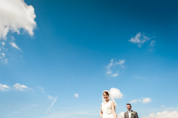 a vibrant countryside wedding (c) James Tracey Photography (35)