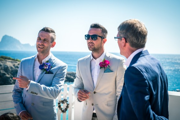 a bright & relaxed wedding in Ibiza (c) James Tracey Photography (15)