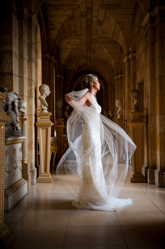 a classic wedding at Castle Howard (c) Ally Byrom Photography (17)