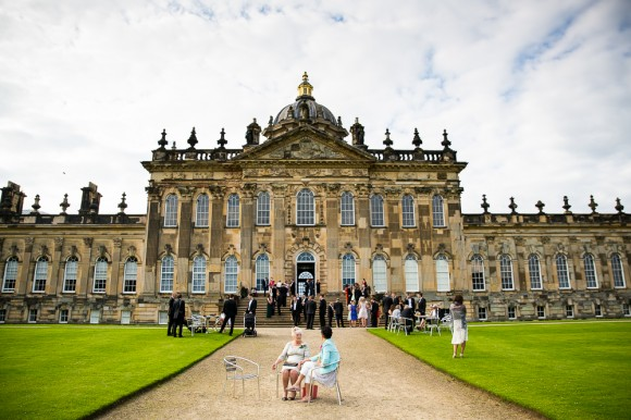 a classic wedding at Castle Howard (c) Ally Byrom Photography (21)
