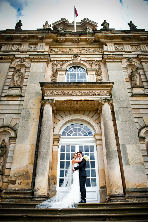 a classic wedding at Castle Howard (c) Ally Byrom Photography (34)