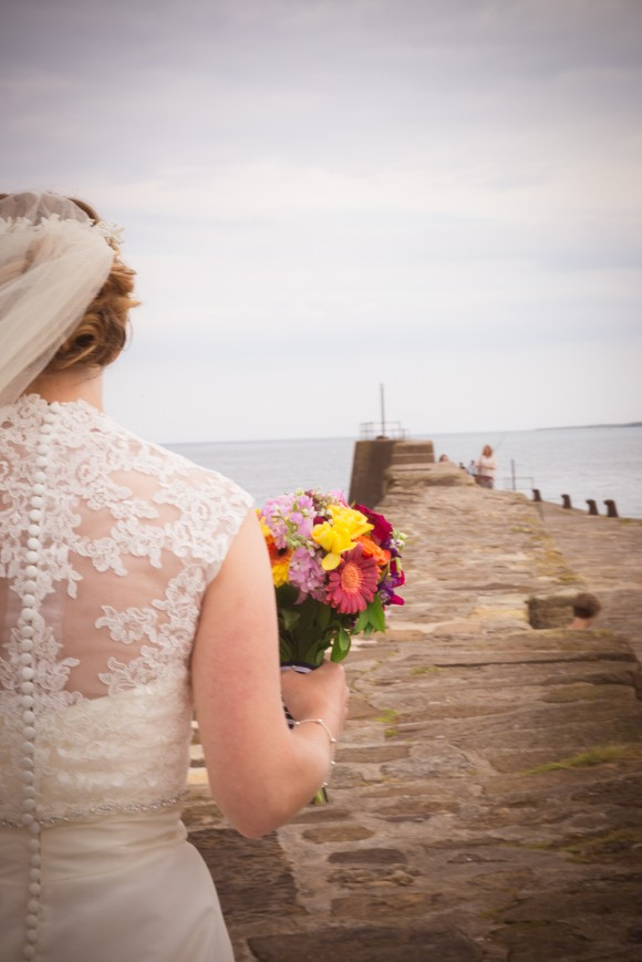 a colourful wedding in St Andrews (c) Anna Joy Photography (29)