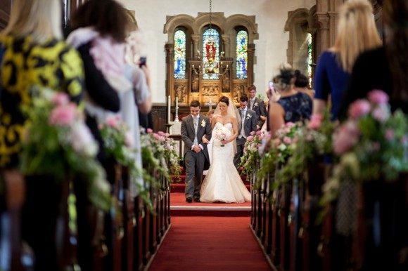 a pretty wedding at Bartle Hall (c) Samantha Broadley Photography (18)