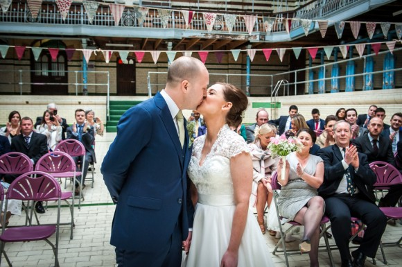 a pretty wedding at victoria baths (c) James Tracey Photography (15)