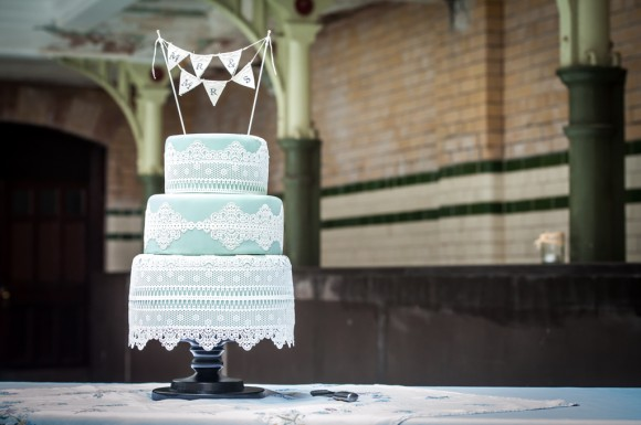 a pretty wedding at victoria baths (c) James Tracey Photography (27)