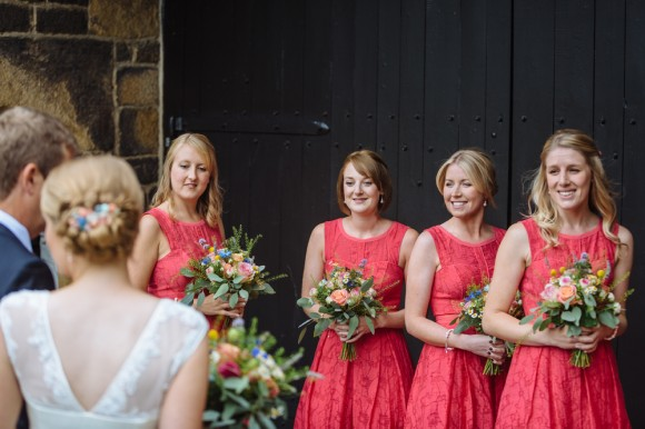 a relaxed wedding at East Riddlesden Hall (c) James and Lianne (15)