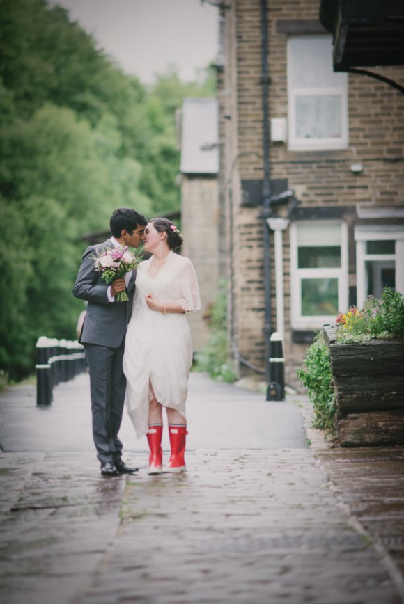 an indian british wedding in Hebden Bridge (c)  Sarah Mason Photography (44)