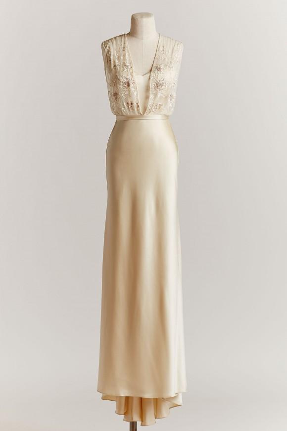 Zaden Gown