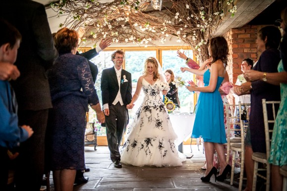 a beachy wedding at Newton Hall (c) James Tracey Photography  (25)