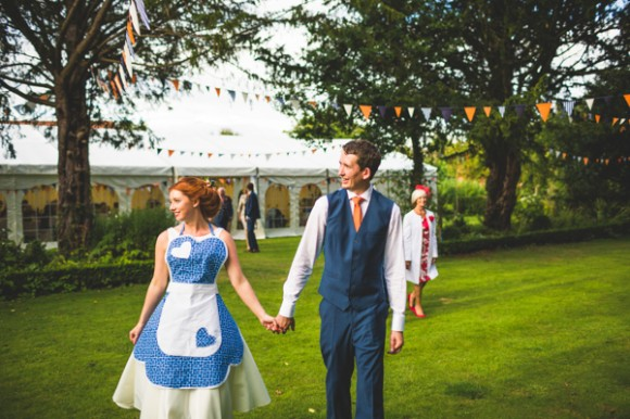 a colourful wedding at Bardney Hall (c) Photography34 (72)