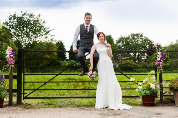 home farm. a relaxed derbyshire wedding – hollie & matt