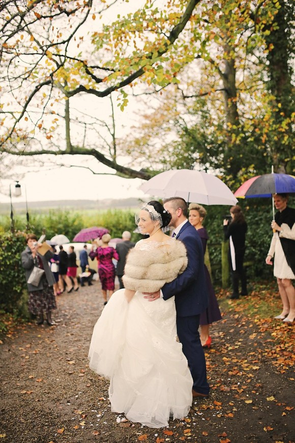 a winter wedding at Priory Cottages (c) Helen Russell Photography (34)
