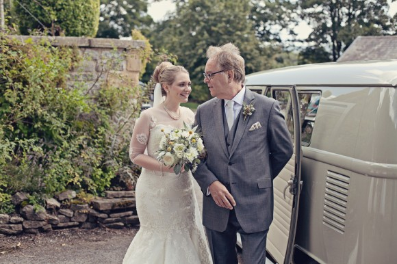 a fresh yellow wedding in the Peak District (c) Maryanne Scott Photography (10)