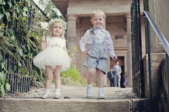 a fresh yellow wedding in the Peak District (c) Maryanne Scott Photography (11)