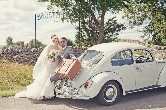 a fresh yellow wedding in the Peak District (c) Maryanne Scott Photography (15)