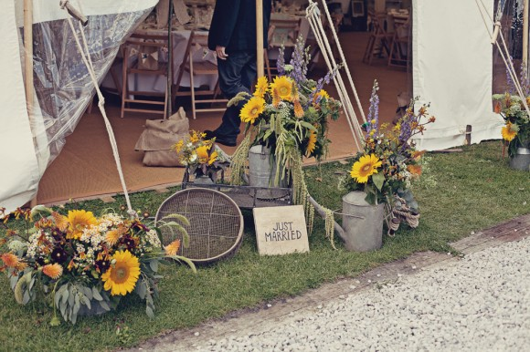 a fresh yellow wedding in the Peak District (c) Maryanne Scott Photography (19)