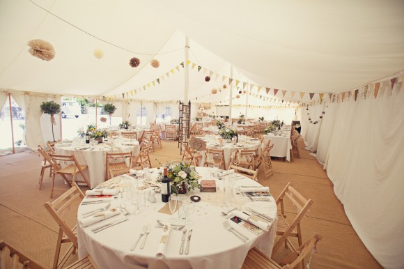 a fresh yellow wedding in the Peak District (c) Maryanne Scott Photography (21)