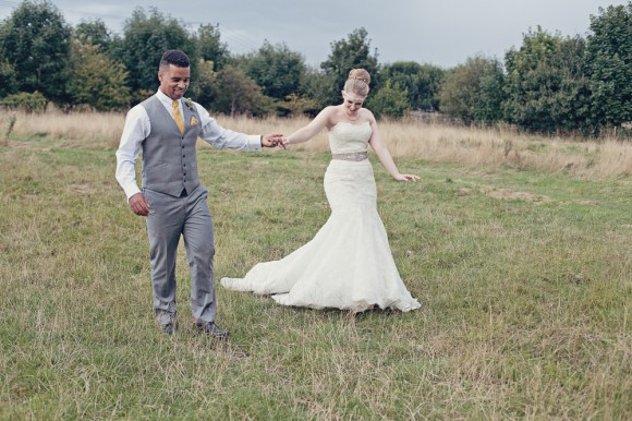 a fresh yellow wedding in the Peak District (c) Maryanne Scott Photography (32)