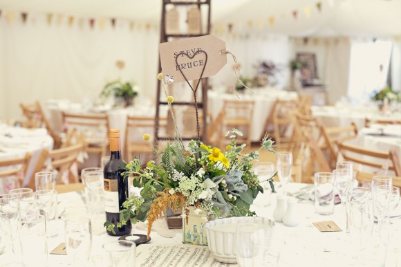 a fresh yellow wedding in the Peak District (c) Maryanne Scott Photography (61)