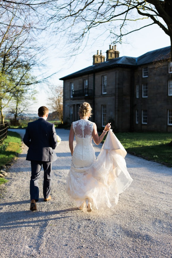vintage coral. a pretty easter wedding at taitlands – helen & joe