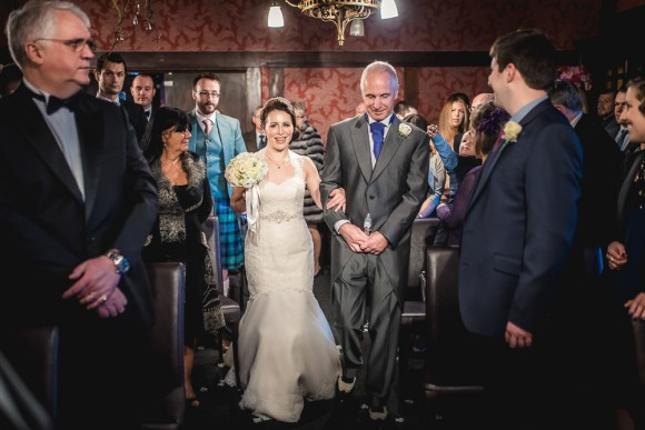 a warm winter wedding at The Belle Epoque (c) Andy Keher (33)