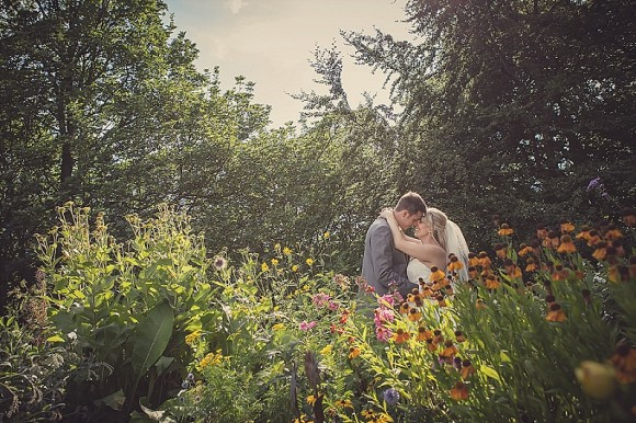 a pretty pink wedding at East Riddlesden Hall (c) Lissa Alexandra Photography (80)