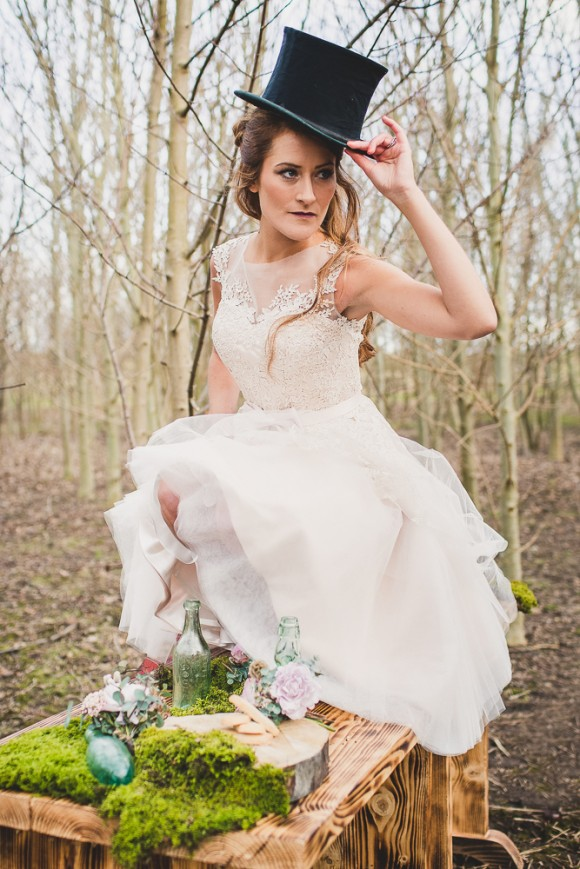 Evelyn Taylor Bridal - Woodland Shoot (c) Sarah Beth Photography (12)
