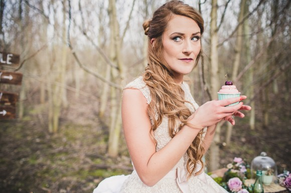 Evelyn Taylor Bridal - Woodland Shoot (c) Sarah Beth Photography (15)