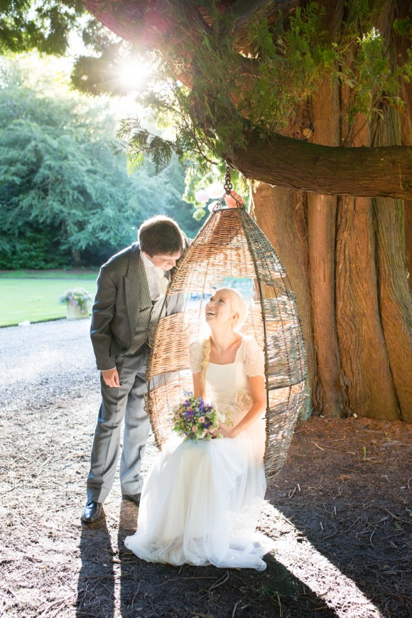 a pretty vintage wedding at Eshott Hall (c) Katie Byram Photography (59)