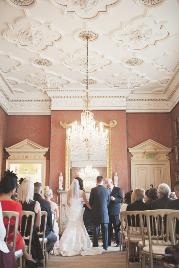 a stunning wedding at Capesthorne Hall (c) Melissa Beattie (23)