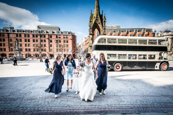 a stylish wedding at Manchester Town Hall (c) James Tracey Photography (14)