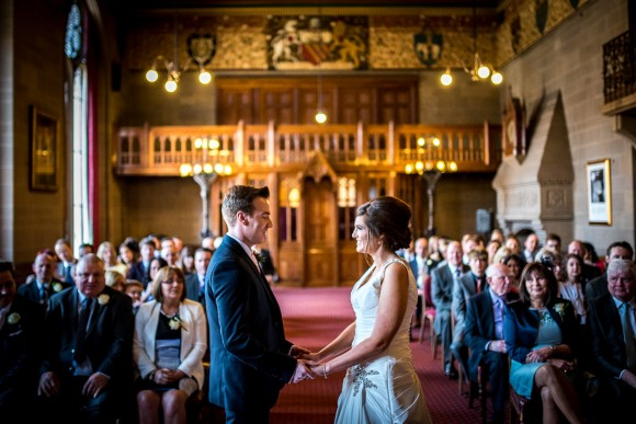 a stylish wedding at Manchester Town Hall (c) James Tracey Photography (18)