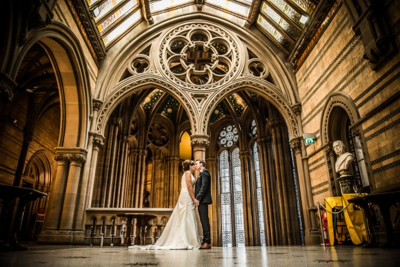 a stylish wedding at Manchester Town Hall (c) James Tracey Photography (27)
