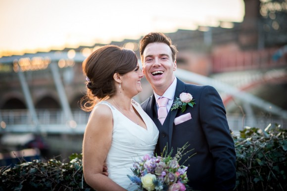 a stylish wedding at Manchester Town Hall (c) James Tracey Photography (57)