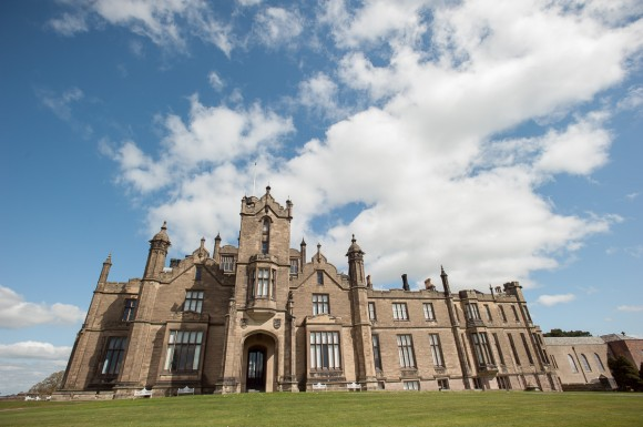 A Glam Wedding at Allerton Castle (c) Laura Calderwood Photography (1)