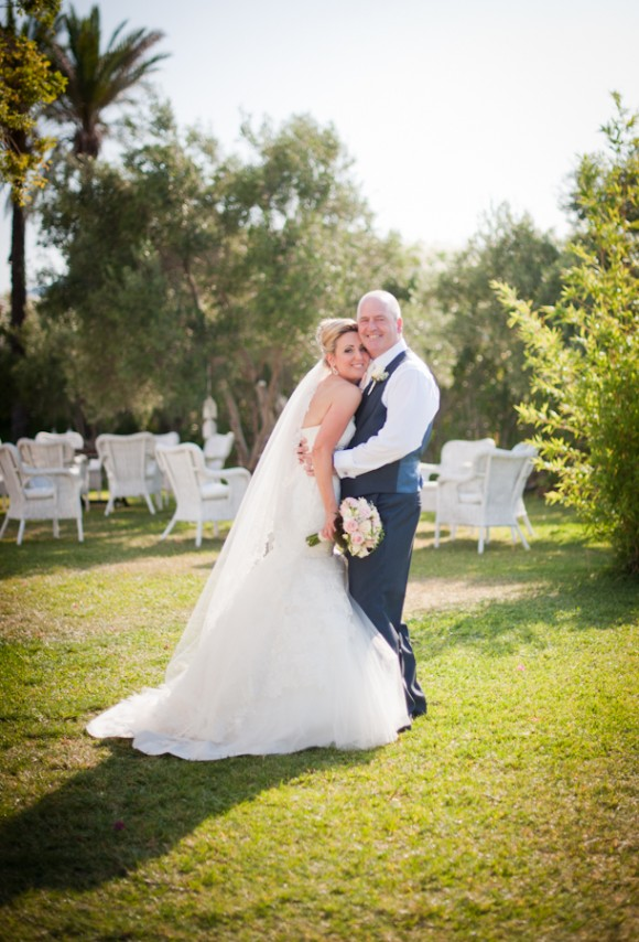 spanish delight. blue skies & sunshine for a romantic destination wedding – rhonda & antony