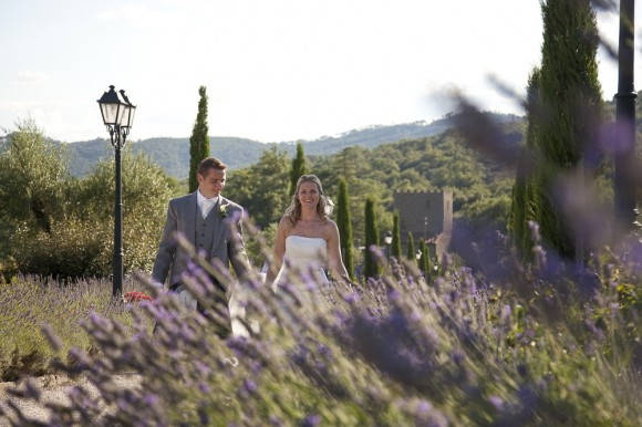 i dos in italy. stewart parvin for an elegant destination wedding in tuoro – naiobh & graham
